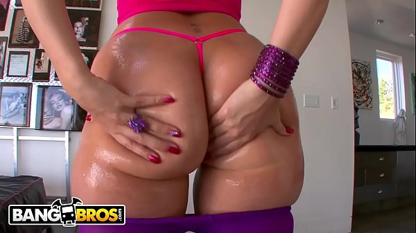 Bangbros (Ass2Ass.com) – English PAWG Paige Turnah Crosses Pond For Some American Dick